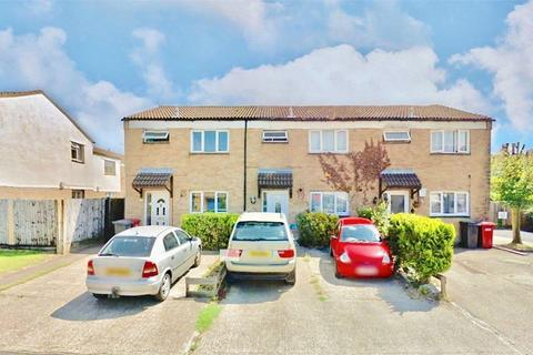 3 bedroom end of terrace house to rent - Northmead Road, Slough, Berkshire