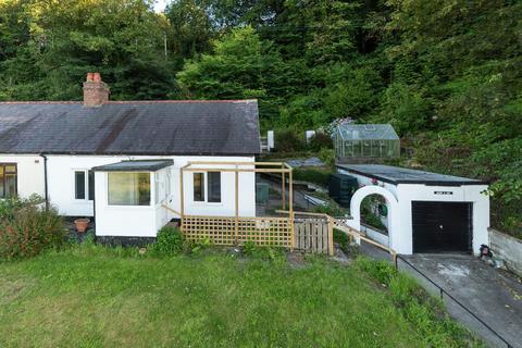 2 bedroom semi-detached bungalow for sale - Main Road, Ffynnongroyw