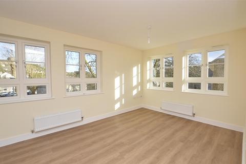 2 bedroom flat to rent - Great Western Court, Frome Road, Radstock, Somerset, BA3