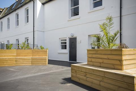 2 bedroom flat to rent - Bishops Place , Paignton TQ3