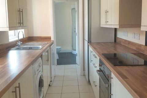 4 bedroom property to rent - Severn Street, LINCOLN LN1
