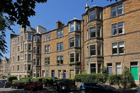 2 bedroom flat for sale - Meadowbank, 10/5, Queens Park Avenue, Edinburgh, EH8 7EE