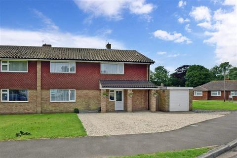 4 bedroom semi-detached house for sale - York & Albany Close, Walmer, Deal, Kent