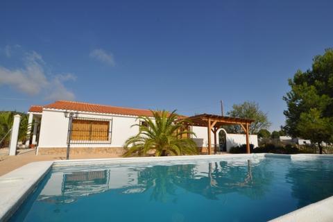 5 bedroom villa - Raspay, Spain
