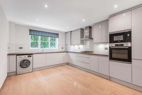 2 bedroom apartment to rent - Eastbury Avenue, Northwood, HA6 3SL