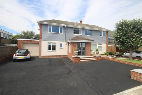 Search 6 Bed Houses For Sale In Whitley Bay | OnTheMarket