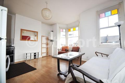 2 bedroom flat to rent - Parolles Road, London N19