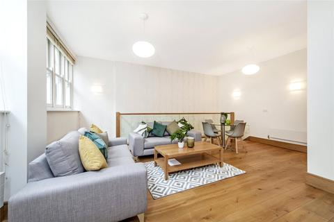 2 bedroom mews to rent - Bentinck Mews, Marylebone, W1U