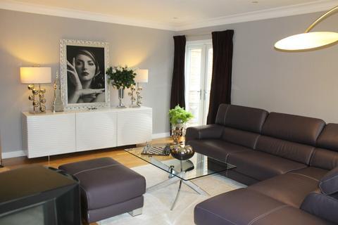 2 bedroom flat to rent - South Park, Gerrards Cross, Buckinghamshire