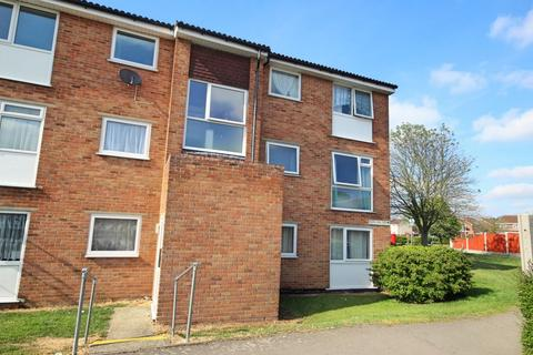 2 bedroom apartment for sale - Crocus Way, Chelmsford