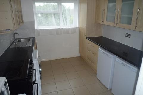2 bedroom apartment to rent - West Lawn, Chelmsford