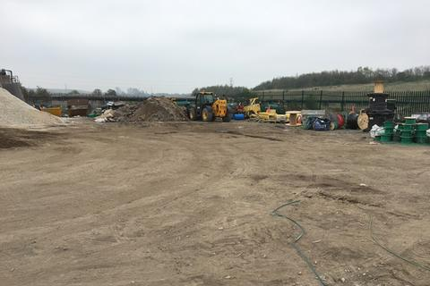 Land to rent - Storage Yard, The Old Council Depot, Ings Road, Wombwell, Barnsley , S73 0BP