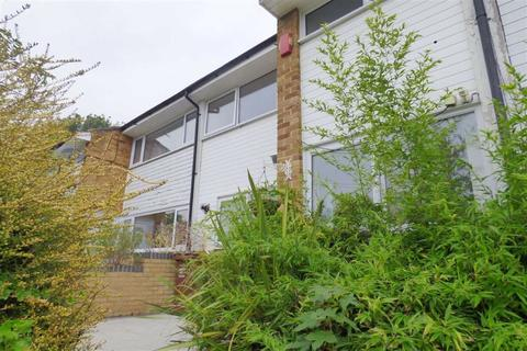 Enjoyable Search 3 Bed Houses To Rent In Medway Kent Onthemarket Download Free Architecture Designs Scobabritishbridgeorg