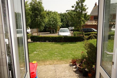 2 bedroom flat for sale - Heol Tre Forys, Penarth