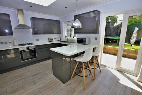3 bedroom semi-detached house for sale - Lewis Court Drive, Boughton Monchelsea, Maidstone