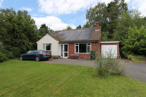 3 bedroom detached bungalow for sale - Ross-On-Wye