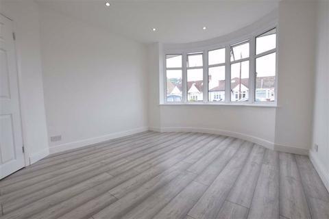 3 bedroom semi-detached bungalow to rent - Blackshots Lane, Grays, Essex