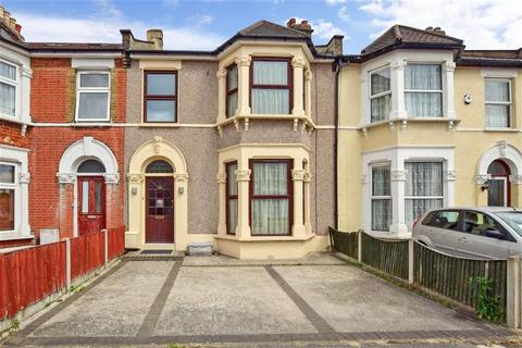 3 bedroom terraced house for sale - Lansdowne Road, Seven Kings, Ilford, Essex