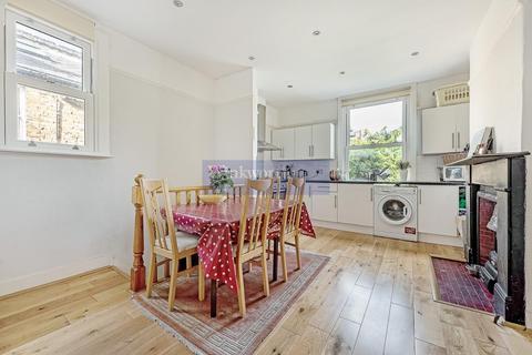 2 bedroom flat to rent - RUDLOE ROAD, SW12