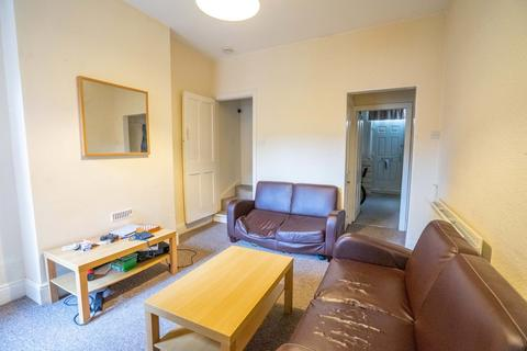 4 bedroom terraced house to rent - 4 Bedroom Student House - Bulwer Road, Clarendon Park