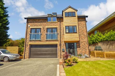 4 bedroom detached house for sale - Red Kite Way, Rowlands Gill, Tyne and Wear, NE39 2NJ