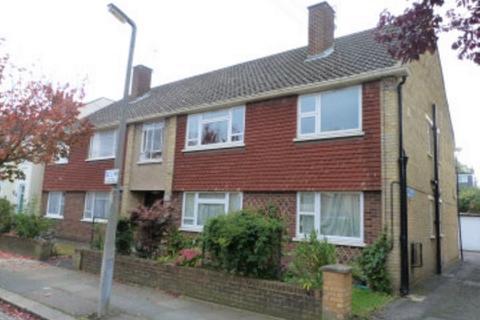 3 bedroom ground floor flat to rent - Florence Road, Wimbedon, Surrey, SW19