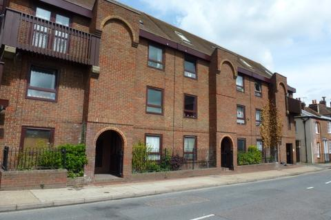 1 bedroom flat to rent - Castle Street, Canterbury
