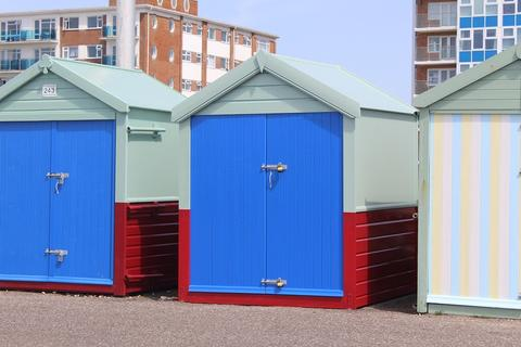 Property for sale - Beach Hut, Western Esplanade