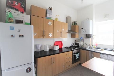 3 bedroom flat to rent - Bramcote Grove, London, SE16