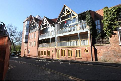 2 bedroom apartment to rent - Foregate Street, Chester, CH1