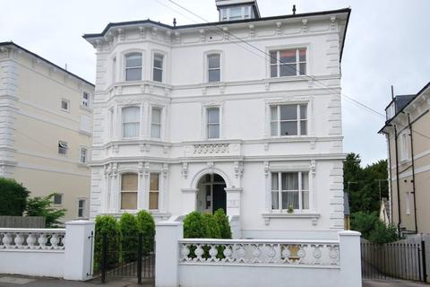 2 bedroom flat to rent - Upper Grosvenor Road, Tunbridge Wells