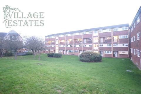 3 bedroom maisonette to rent - Etfield Grove, Sidcup