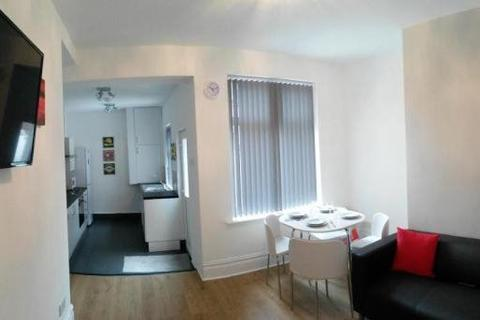 4 bedroom house share to rent - Elizabeth Street,