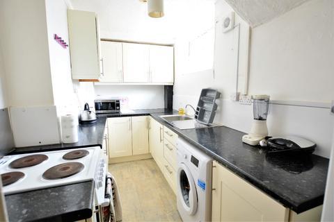 5 bedroom semi-detached house to rent - Queens Park Road, , Brighton, BN2 9XL