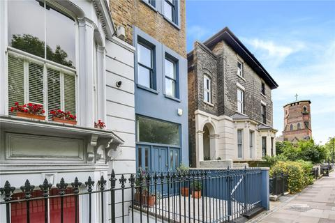 3 bedroom house for sale - Grove Road, Bow, London, E3