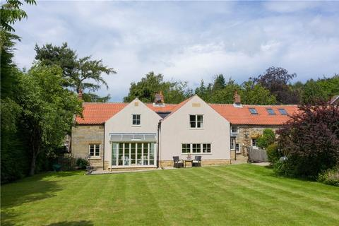 8 bedroom house for sale - The Cliff, Iburndale, Whitby, North Yorkshire, YO22