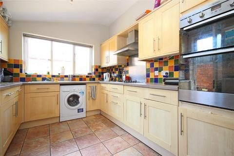 5 bedroom detached house to rent - Court Road, Horfield, Bristol, BS7