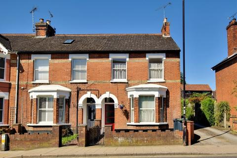 3 bedroom end of terrace house to rent - High Street, Dunmow