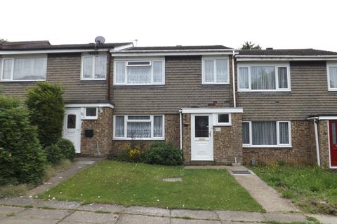 3 bedroom terraced house to rent - Buttermere Close, Kempston, MK42