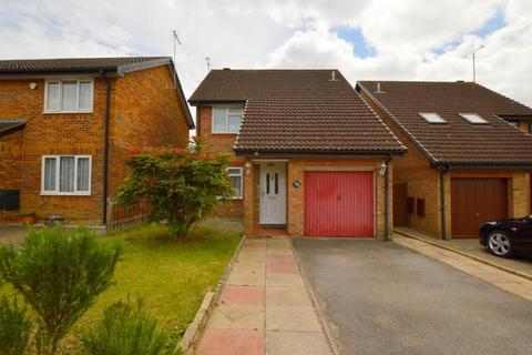 3 bedroom detached house for sale - Catesby Green, Barton Hills, Luton, Bedfordshire, LU3 4DR