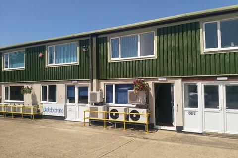 Office to rent - Wingbury Courtyard Business Village