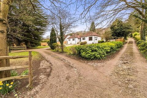 4 bedroom detached bungalow for sale - Parkwood, Knatts Vallley Road, TN15