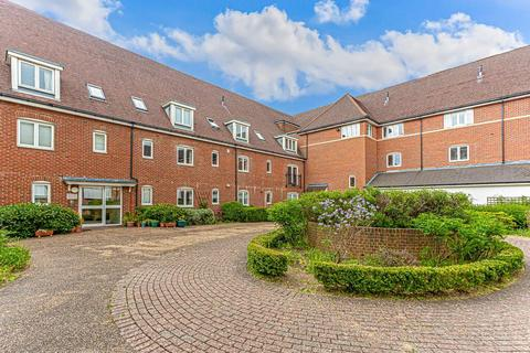 2 bedroom apartment for sale - Wingfield Court, Banstead