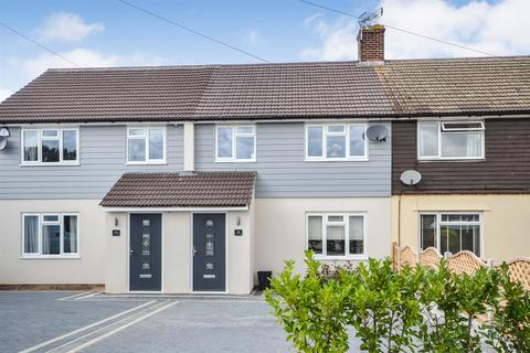 3 bedroom terraced house for sale - Pyms Road, Galleywood