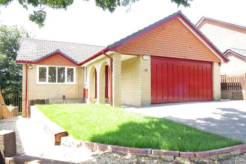 4 bedroom detached house for sale - Valley View, Poole