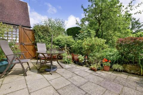 3 bedroom semi-detached house for sale - The Drive, Tonbridge, Kent