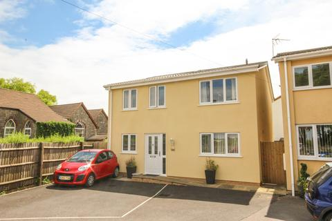 4 bedroom detached house to rent - Wotton Road, Charfield, South Gloucestershire, GL12 8SR