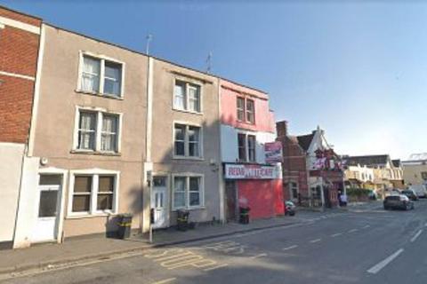 3 bedroom flat to rent - Ashton Road