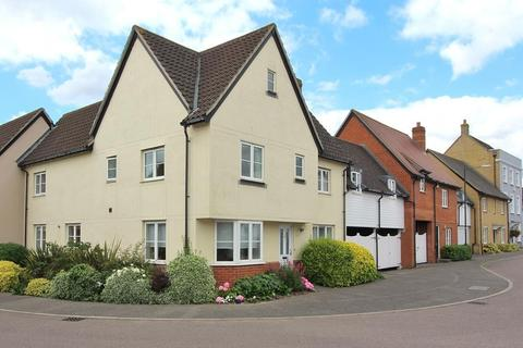 4 bedroom terraced house for sale - Cowdrie Way, Springfield, Chelmsford, Essex, CM2