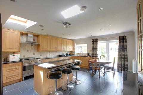 4 bedroom semi-detached house for sale - Marston Gardens